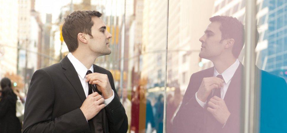 چگونه با افراد خودشیفته رفتار کنیم