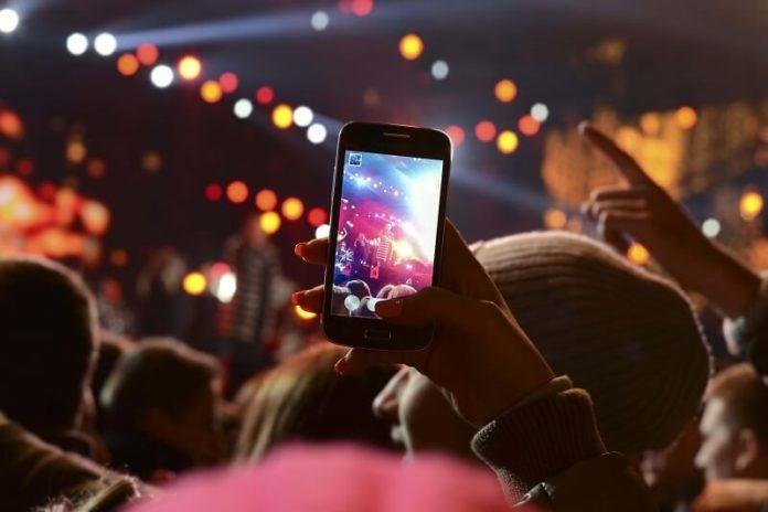چطوری با دورین گوشی عکس حرفه ای بگیریم؟