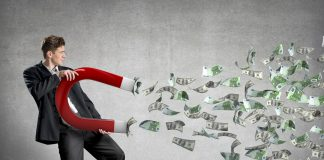 درآمد جانبی - هاو کن یو